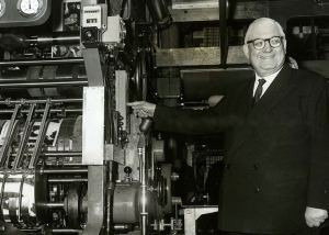 Roy Thomson starting the presses at Sun Engraving for the Sunday Times Colour Supplement in January 1962