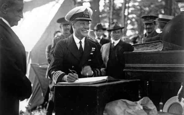 Edward-14-October-1919-Prince-of_Wales-in-Halifax